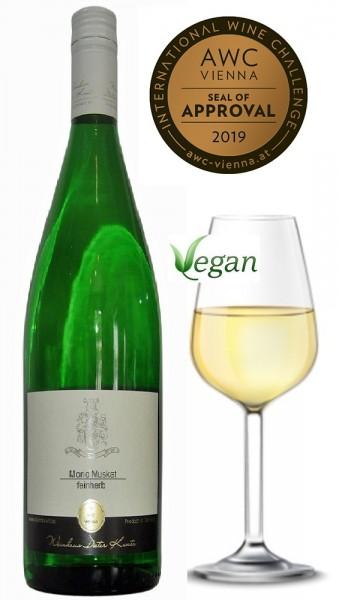 Morio Muskat lieblich VEGAN 2018er vom Weingut Kuntz